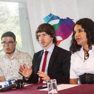 Camara LGBT del Ecuador rueda de prensa sobre lanzamiento - NGLCC Phil Greham (1)
