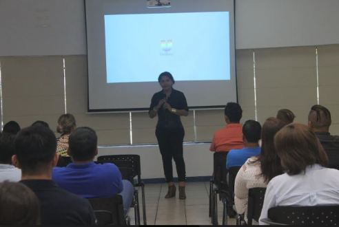Cámara LGBT de Ecuador dicta taller derechos a personal de UNILEVER - Certificación Frendly BE (8)